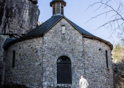 Why this chapel in this place? Answer during the Escape in Dordogne!